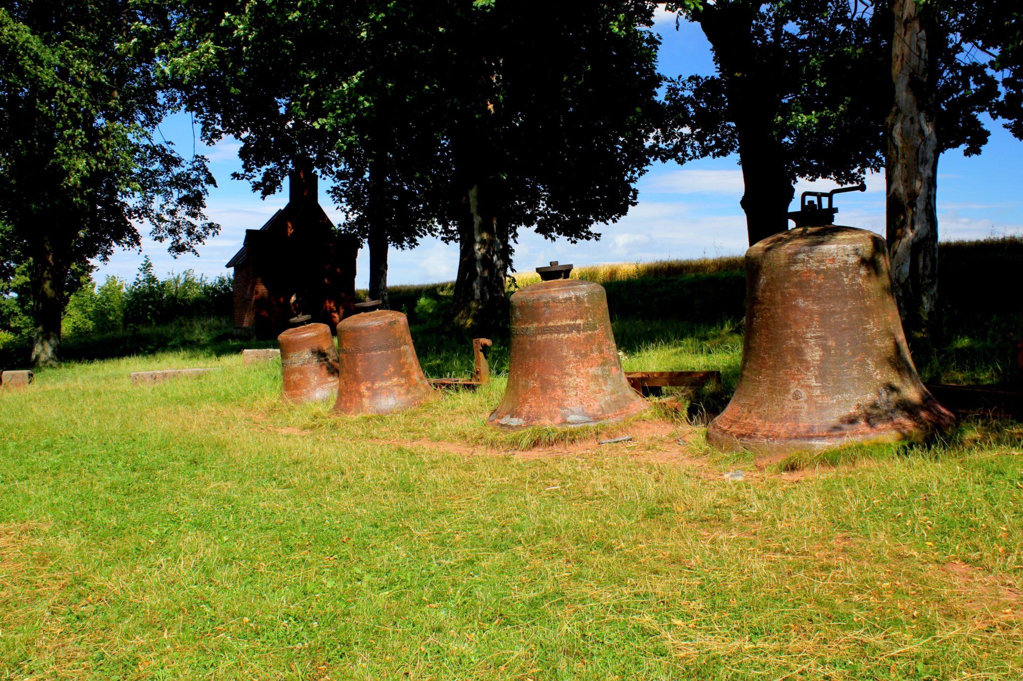 Milczące dzwony w Wambierzycach