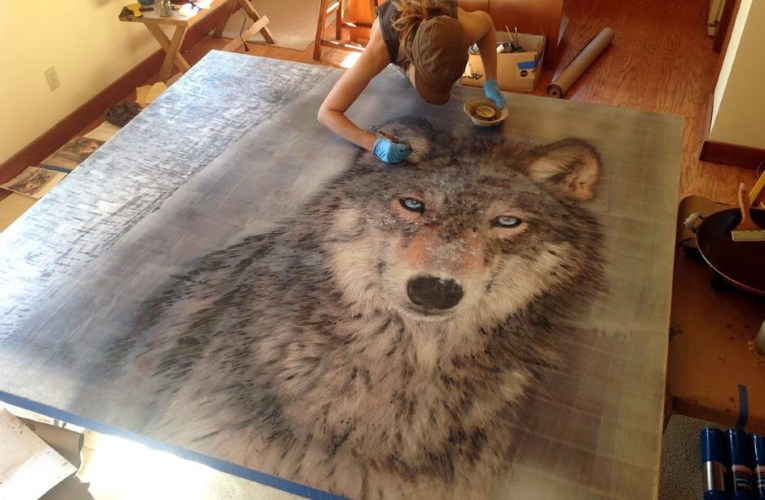 Theresa Stirling Art Studio has a real passion-for-wolves