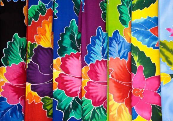 На Бали изготавливаются красивые ткани, пользующиеся хорошим спросом.