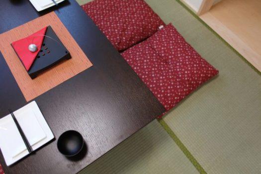 和室にあるテーブルのイメージ画像
