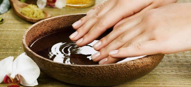 moisturizing hand bath