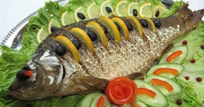 Carp v troubě v fólii - nejlepší recepty pro pečení ryb