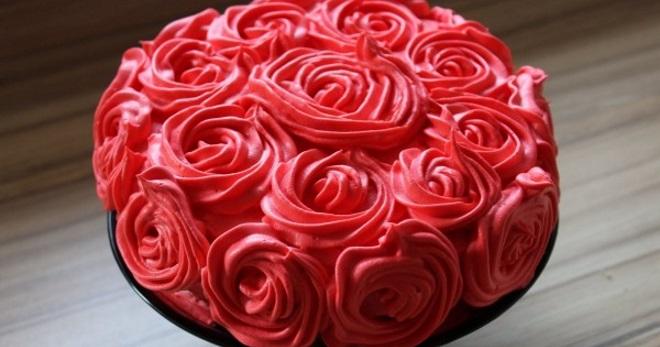 کیک دکوراسیون کرم - بهترین گزینه برای دکوراسیون دکوراسیون