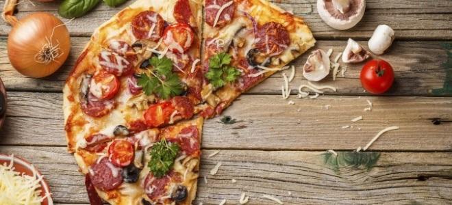 Pizza sur Tortille au micro-ondes