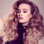 curly hairstyles - modern retro
