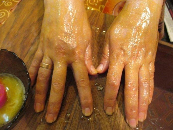 Мазь, которая убирает морщины, пигментные пятна и трещины на руках