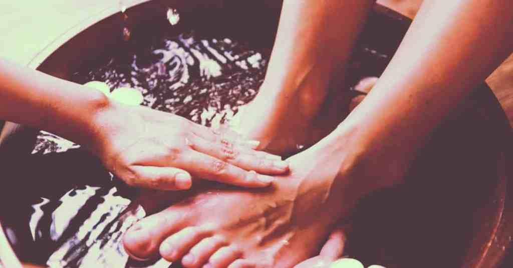bible verses about foot washing