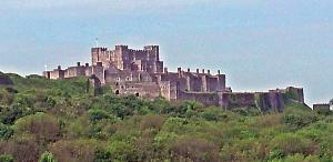 20140516_164035 dover castle from cliffs cropped 300