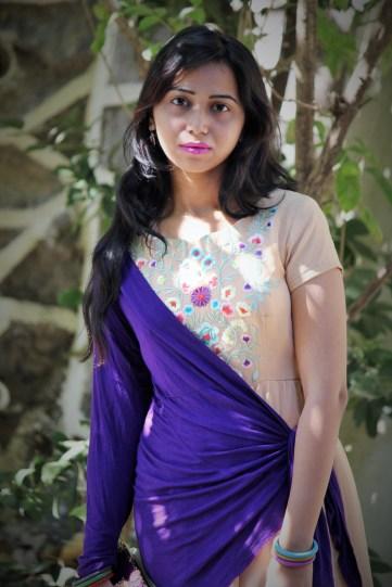 Plum shade lipstick-Indian beauty blogger-purple shrug