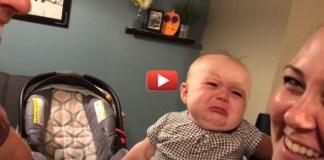 малышка Элла расстроена
