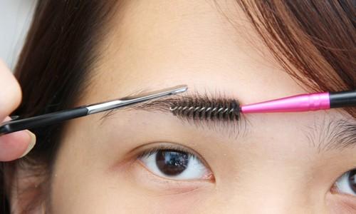 Как правильно подстричь или выщипать брови советы с подробными инструкциями