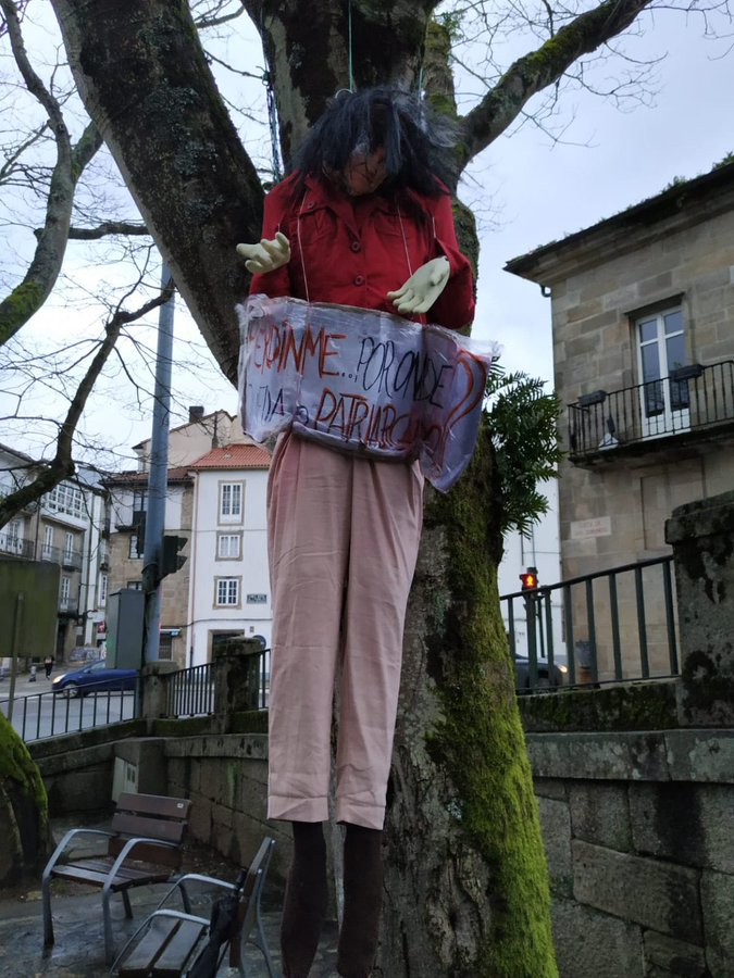 An effigy of Carmen Calvo, the Deputy Prime Minister of Spain hangs from a tree.