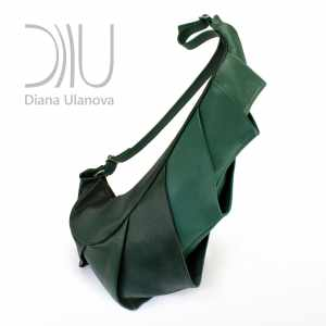 Designer Shoulder Bags On Sale. Dragon Dark Green by Diana Ulanova. Buy on women-bags.com