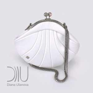 Designer Mini Bags Sale. Reticule Shell White by Diana Ulanova. Buy on women-bags.com