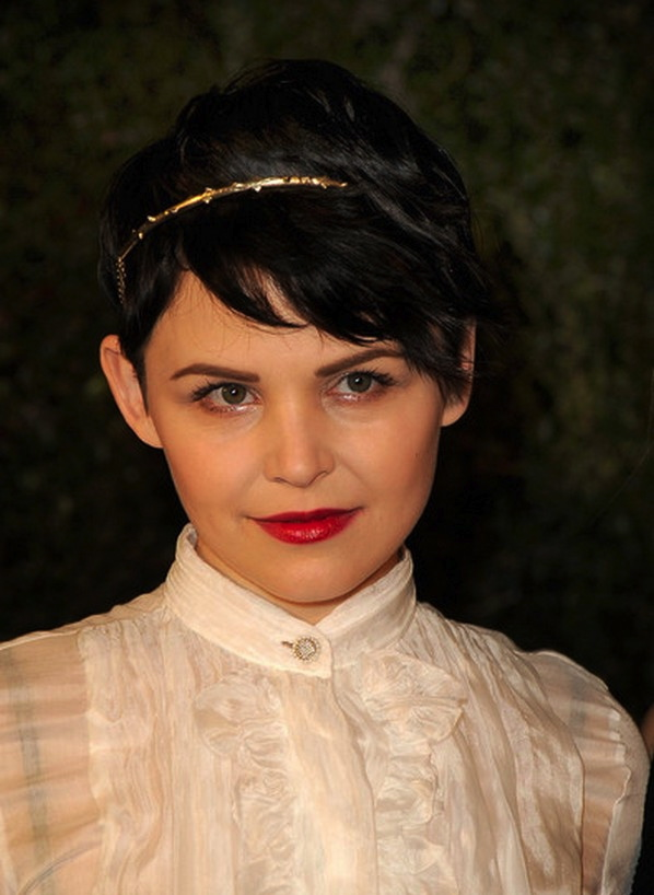 Short Pixie Hairstyle With Headband For Prom Pixie Hair