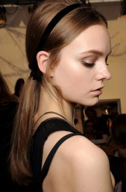 black-ribbon-accessory-hairstyle-date