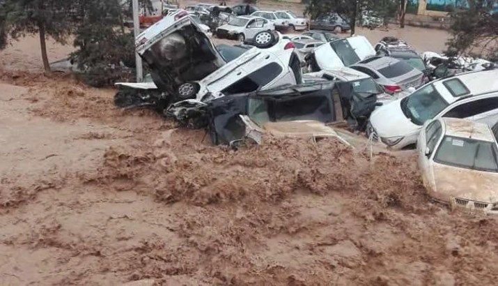 Flash floods in 25 Provinces of Iran kill at least 11 women 1