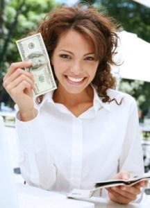 woman holding money2