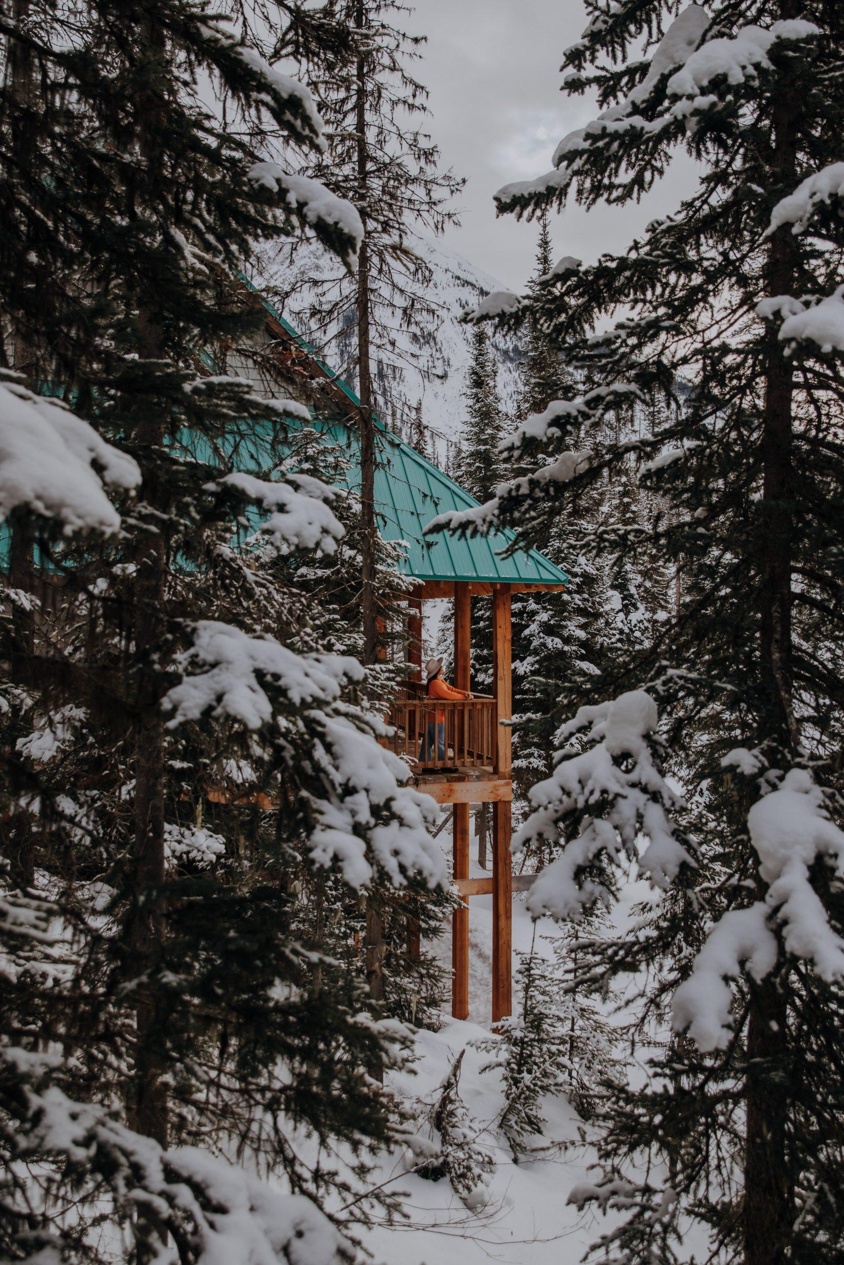 emerald lake lodge balcony