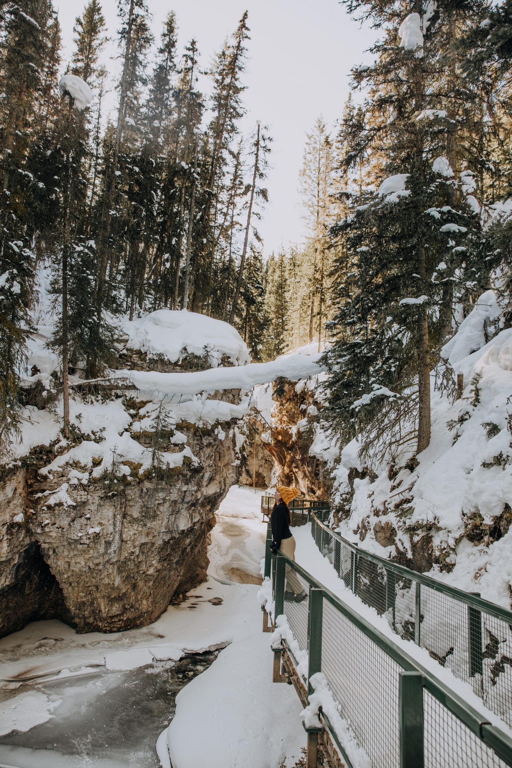 The Ultimate Banff Winter Guide - Johnston Canyon