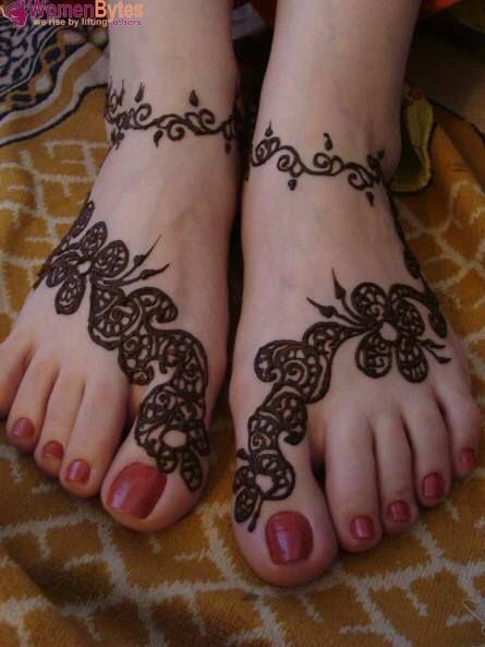 New Beautiful and Hot Mehndi Designs20
