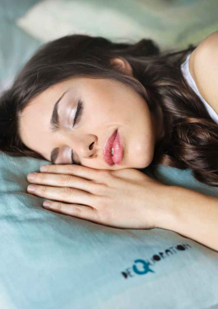 What is the Most Comfortable and Best Sleeping Position in Pregnancy?