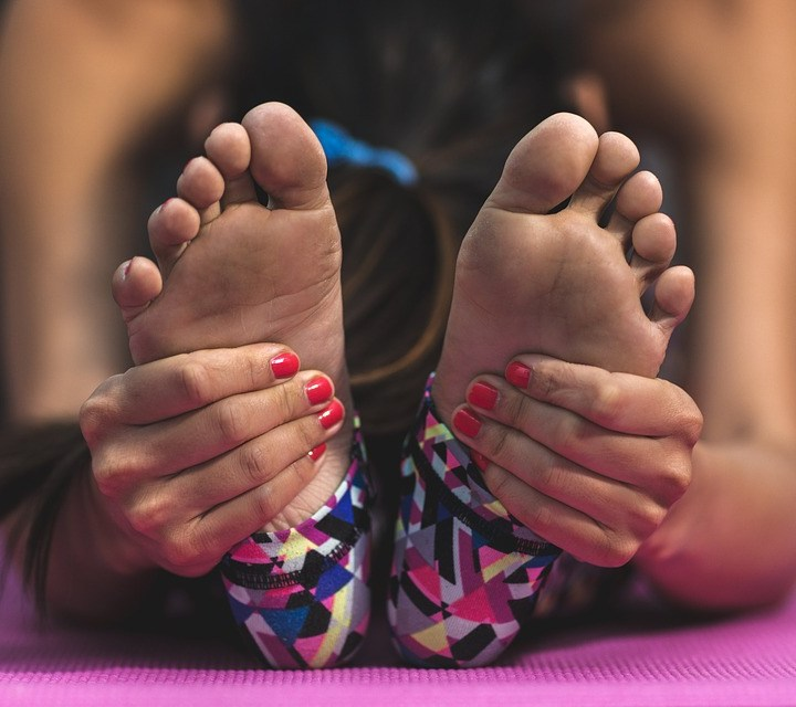 Why Do you Feel a Vibrating Sensation in Feet?