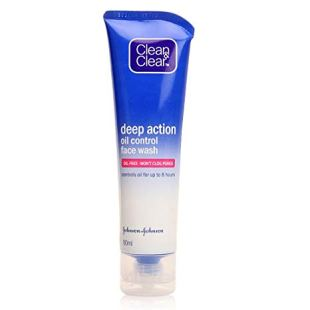 Clean & Clear Deep Action Oil Control Face Wash