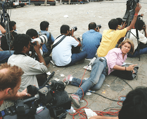 On the frontline with female reporters