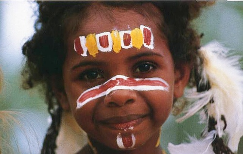 An Australian aboriginal child can stand proud – Radio talk with Muriel Bamblett