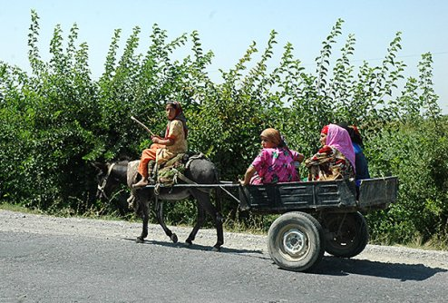 Government officials begin push for legal sanctions against child labor in Tajikistan