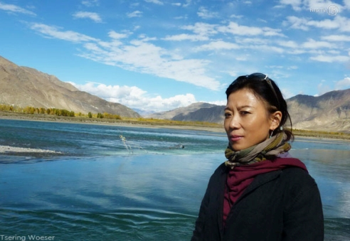 Tibetan woman journalist Tsering Woeser now lives under house arrest in Beijing, China