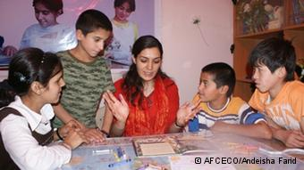 Afghan woman brings education to orphans