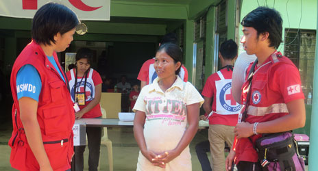 Cash distributions help bring sustainable relief to Philippines
