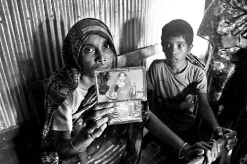 Stark images of Bangladesh dowry death reveal severe injustice