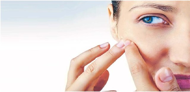 is it ok to pop your pimples?