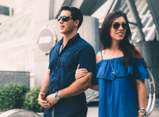 10 Signs you are being used as a trophy girlfriend