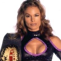 Ivory porównuje swoją erę z dzisiejszą erą wrestlingu kobiet