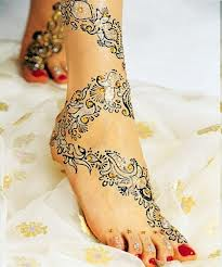 Latest Eid Mehndi Designs 2013 for Hands and Feet