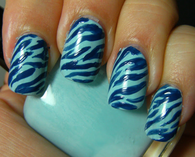 Get wild and crazy with zebra nail designs 08