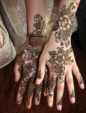 Mehndi Designs For special Occasions 01