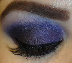 Steps to Create a Purple Smokey Eye Makeup Look 04