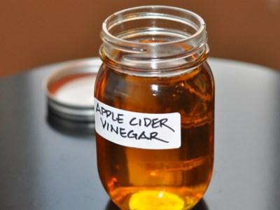 vinegar for dandruff, vinegar for dry hair, hair care tips