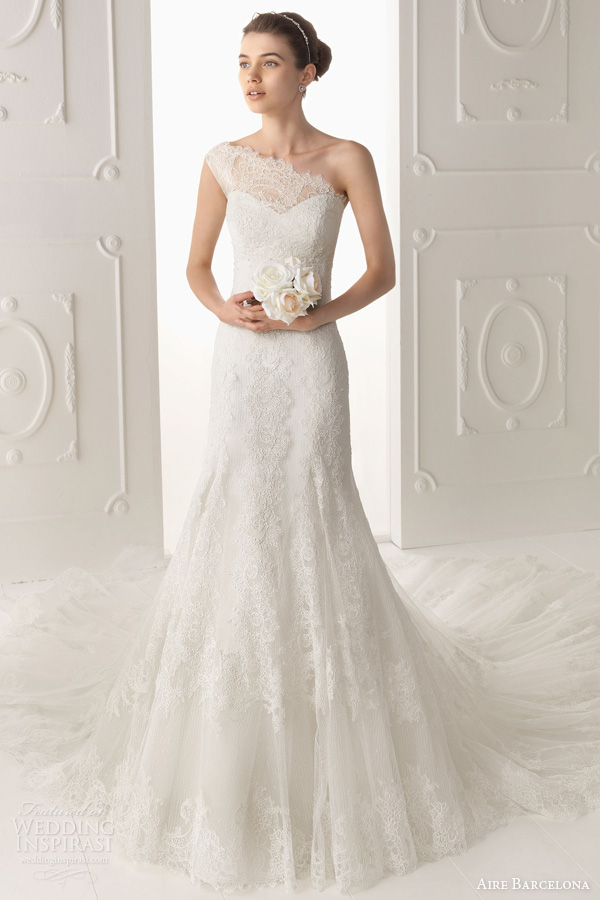 lace wedding dresses with open back, lace wedding dresses