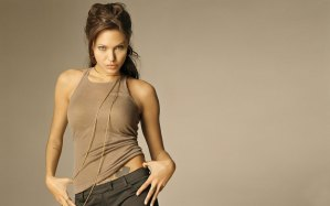 angelina-jolie-hd-wallpapers-for-desktop-full-free