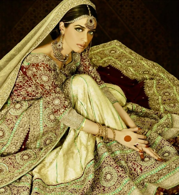 Trend of Wedding dresses in Pakistan