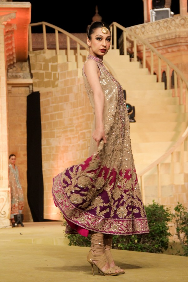 Wedding Dresses in Pakistan – Breaking out the Records of Elegance