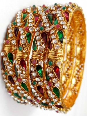 Look Elegant Than Ever By Wearing Exotic Bangles!