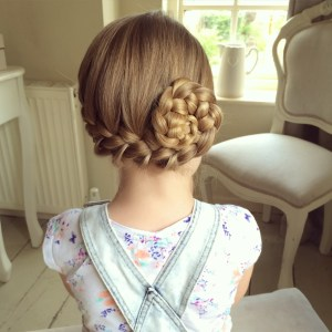 Latest Hair Styles for Little Girls in UK