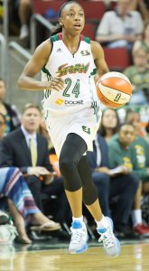 Jewell Loyd brings the ball up the court. Photo by Neil Enns/Storm Photos.